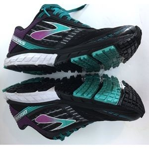 Brooks Ghost S Black and Purple Runners
